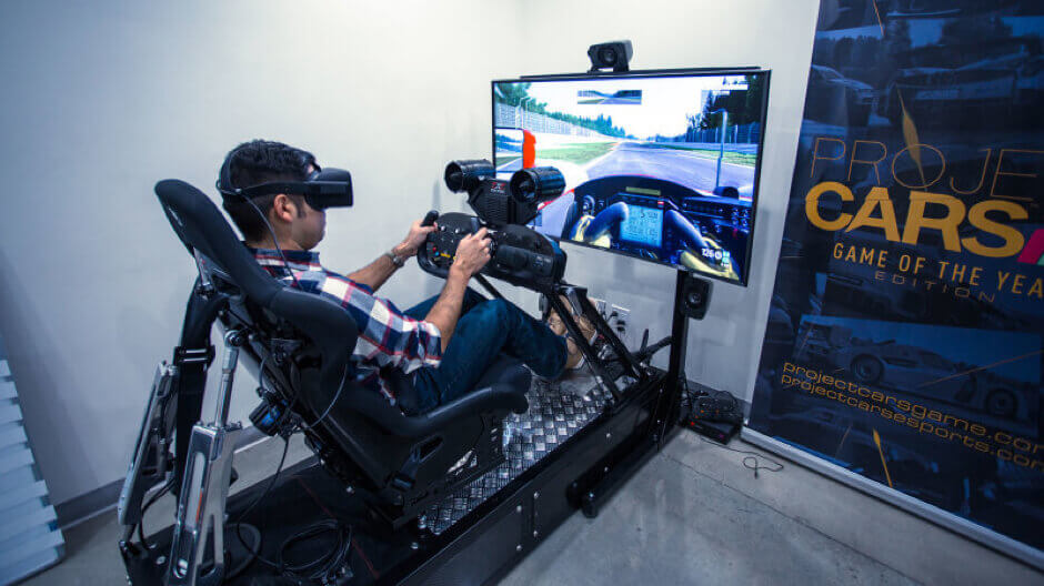 Virtual Reality Racing Car